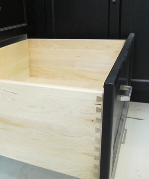 Solid Maple Dovetail with Soft Close
